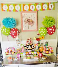 After Sophie's elaborate Sesame Street Party last year, I've searched far and wide for ideas for this year's party. I have found so many great girls' birthday party themes … 40th Birthday Party Themes, Birthday Room Decorations, Tea Party Birthday, Birthday Ideas, 40 Birthday, Birthday Table, Table Decorations, Girls Tea Party, Afternoon Tea Parties