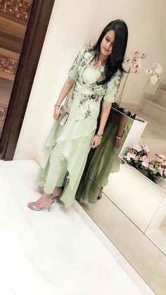 #pintrest@Dixna deol Designer Party Wear Dresses, Kurti Designs Party Wear, Indian Designer Outfits, Pakistani Dresses, Indian Dresses, Indian Outfits, Stylish Dresses, Fashion Dresses, Dress Outfits