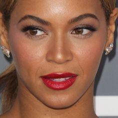 Beyonce Pink Lipstick | Beyoncé Makeup | Steal Her Style