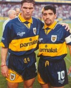 Diego Maradona con la azul y oro.