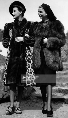 A leopard coat with beaver cloth border and a arctic fox jacket. - Photographer: Karl Ludwig Haenchen- Published by: 'Berliner Illustrirte Zeitung' property of ullstein bild 1940s Fashion, Fur Fashion, Couture Fashion, Winter Fashion, Vintage Fashion, Leopard Fur Coat, Big Shoulders, Arctic Fox, Vintage Fur