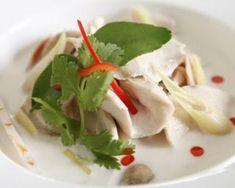 Nage légère de poulet câlin spécial St Valentin : http://www.fourchette-et-bikini.fr/recettes/recettes-minceur/nage-legere-de-poulet-calin-special-st-valentin.html