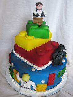 Lego Star Wars Cake (CharleysCakes)