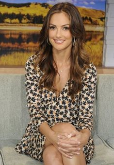 - Minka Kelly - September 2011 - 4 of 5 Brunette Actresses, Hot Brunette, Celebrity Hairstyles, Most Beautiful Women, Beauty Women, Brunettes, Hair Beauty, Long Hair Styles, Minka Kelly Hair