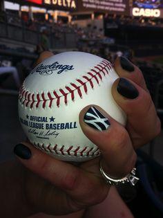 NY Yankees nail art I'm trying this! Yankees Nails, Go Yankees, New York Yankees, Toe Nails, Health And Beauty, Nail Designs, Hair Beauty, Nail Polish, Nail Art