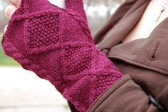 Ravelry: Rose Tyler's Fingerless Mittens pattern by Dana Berry