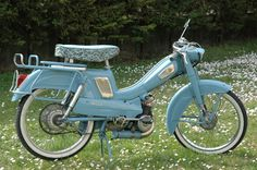 Cyclomoteur : moped Mobylette AV 68, Bobigny, France