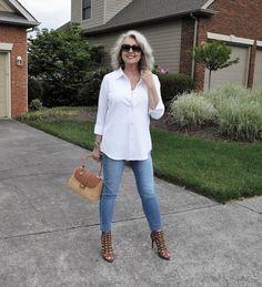 Fifty, not frumpy: classic casual, my way. fifty, not frumpy: classic casual, my way fashion over 40 Over 60 Fashion, Over 50 Womens Fashion, 50 Fashion, Look Fashion, Women's Fashion Dresses, Fashion Styles, Fashion Clothes, Fashion Women, Trendy Fashion
