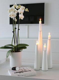 Herstal siesta kynttilänjalat Candle Decorations, Candle Lanterns, Candles, Creative Studio, Nice Things, Modern Interior, Light Up, Glass Vase, Interiors