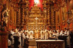 Mosteiro_sao_bento_natal_2009_missa_galo.jpg (3653×2435)