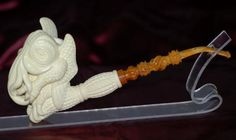 The Lovecraftsman: Carved Cthulhu meerschaum pipe lets you smoke insanity