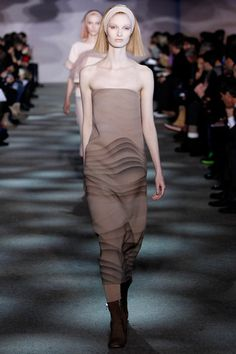 Like sound waves in the dessert after dusk.  Marc Jacobs Fall 2014 Ready-to-Wear Collection Slideshow on Style.com