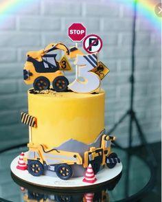 3rd Birthday Cakes For Boys, 2 Birthday Cake, Digger Birthday Parties, Orange Dessert, Themed Cakes, Cupcakes, Cake Decorating, Construction Theme, Ideas