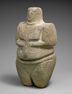 Standing female figure wearing a strap and a necklace  Period: Early–Middle Bronze Age Date: 3rd–2nd millennium B.C. Geography: Southwestern Arabia Medium: Sandstone, quartzite Dimensions: H. 27 cm, W. 14.3 cm, D. 14.3 cm