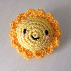 "Somebody say 'Key Ring""!! Download this free pattern at Amigurumipatterns.net"