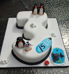 Novelty Birthday Cakes - A resource for awesome homemade cakes & sweets Number Birthday Cakes, Birthday Cake Writing, Novelty Birthday Cakes, 3rd Birthday Cakes, Number Cakes, Pingu Cake, Penguin Cakes, Funny Cake, Birthday Cakes