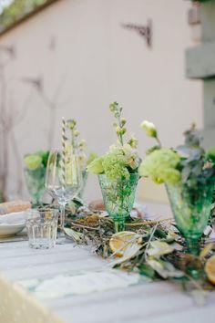Hochzeitskonzept in Citrusfarben