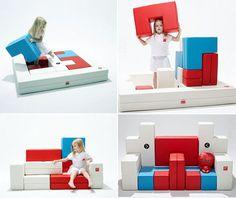Sillones interactivos: Tangram es un sofá puzzle creado por la empresa Coreana Design Skin. La idea surge del juego milenario chino que tiene el mismo nombre y es utilizado para crear siluetas con las formas geométricas que lo conforman. Una excelente propuesta para jugar, aprender y descansar. Lo pueden utilizar niños y adultos.   No hay límites para la creación. LoftDesign.