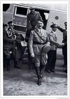 Adolf Hitler And His Photographer Heinrich Hoffmann Iii Reich