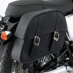 3673eb5a6a42 Triumph Bonneville Solo Seat   Classic Leather Saddlebag Kit - Large    530.99 Triumph Motorcycle Parts