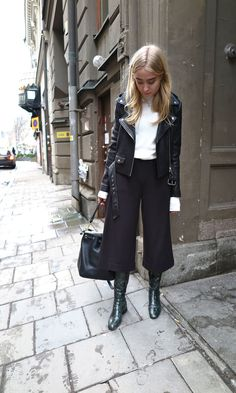 Coulottes worn by Fanny Ekstrand Tomboy Outfits Coulottes Ekstrand Fanny worn Tomboy Outfits, Casual Outfits, Fashion Outfits, Fall Winter Outfits, Autumn Winter Fashion, Casual Winter, Style Work, My Style, Coulottes Outfit