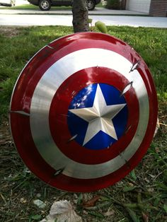 Image of Aluminum Captain America Shield Captain America Shield, Fantasy Weapons, Hunger Games, Marvel Comics, Nerdy, Avengers, Star Wars, Superhero, Costume Ideas