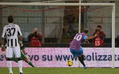 SERIE A - Catania Udinese 1-0, Maxi Lopez di rigore (VIDEO) #catania # #udinese # #maxi #lopez # #serie #a