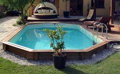 polozapuštěný bazén