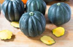 gobble-squash-slice-off-pointed-bottoms-10-03-16