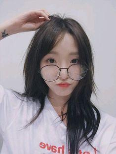 Ideas For Glasses Korean Girls Posts Korean Ulzzang, Ulzzang Boy, Korean Girl, Uzzlang Girl, Girls With Glasses, Asia Girl, Tumblr Girls, Beautiful Asian Girls, Asian Beauty