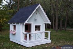 Building your little one a playhouse in the backyard will surely make them happy. There are a few things you should know before you build a playhouse for kids. This article will Simple Playhouse, Kids Playhouse Plans, Playhouse Kits, Build A Playhouse, Wooden Playhouse, Girls Playhouse, Playhouse Windows, Outside Playhouse, Backyard Playhouse