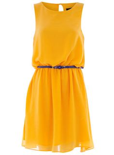 I dont look good in yellow but think this dress is so cute... If only I were tan!