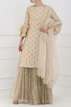 Amaira Hazelnut Embroidered Kurta with Lehenga Set Indian Party Wear, Indian Wedding Outfits, Pakistani Outfits, Indian Outfits, Indian Wear, Heavy Dresses, Trendy Dresses, Fashion Dresses, Modest Fashion