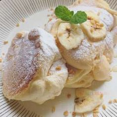 To know more about パンケーキ ふわふわ, visit Sumally, a social network that gathers together all the wanted things in the world! Sweets Recipes, Cooking Recipes, Desserts, Japanese Fluffy Pancakes, Souffle Pancakes, Breakfast Recipes, Dinner Recipes, Whole 30 Breakfast, Food For Thought