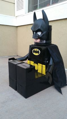 Batman Valentine box: Made from a tissue box | Valentines ...