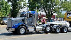 Big Rig Trucks, Tow Truck, Semi Trucks, Heavy Construction Equipment, Heavy Equipment, Freightliner Trucks, Dump Trailers, Future Trucks, Logging Equipment