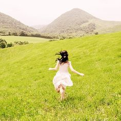 My ultimate little girl fantasy, running around large grassy hills in a pretty white dress barefoot...that dream may never die...