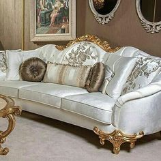 King Furniture, Classic Furniture, Luxury Furniture, Furniture Design, Luxury Sofa, Luxury Interior, Royal Sofa, Victorian Sofa, Modern Sofa Designs