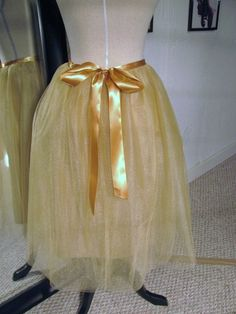 Need an outfit for an upcoming holiday party and don't want to spend a fortune? Consider sewing a tulle skirt. Not only is it an inexpensive option, it is fun and easy to make. Here's how!