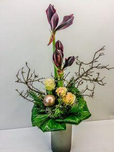 Würdevoller Aristokrat   #Amaryllis #Formallinear #Strauß #Floristik #Floralart  EBK-Blumenmönche Blumenhaus – Google+