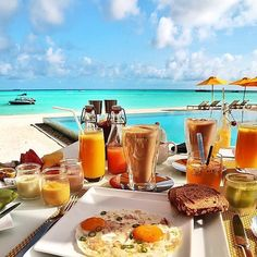 Breakfast in Maldives  Amazing view with this food! Follow @classysavant for