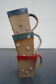 Orginelle eckige Tassen mit Blumen, Handarbeit, jede ein Unikat