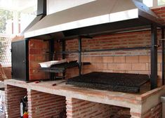 Brick Grill, Wood Grill, Diy Grill, Barbecue Grill, Brick Ovens, Backyard Kitchen, Outdoor Kitchen Design, Backyard Bbq, Outdoor Oven