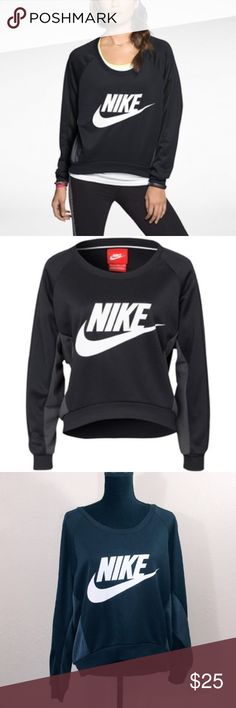 Nike black and gray fearless crew neck sweater! Nike black and gray fearless crew neck sweater! Like new, no signs of wear. Super comfy! Excellent relaxed fit and soft to the touch comfortable feel. Nike Sweaters Crew & Scoop Necks