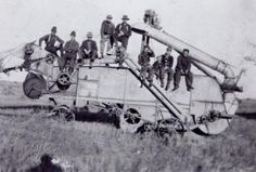 Ukrainian immigrants harvesting: Saskatchewan, 1915