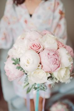 Pink & White Peony Bouquet | Lemonade Pictures