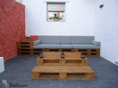 Espaço Lounge feito com paletes