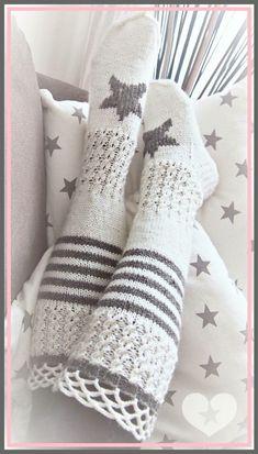 Knitting Designs, Knitting Projects, Knitting Patterns, Crochet Patterns, Crochet Boots, Knit Crochet, Mode Crochet, Cozy Socks, Knitting Socks