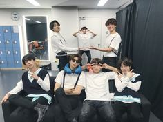 [BTS Official Trans Tweet] [#오늘의방탄] 달이 참 예쁘게 뜬 오늘, 도쿄에 와준 아미들 모두 행복했기를! 우리는 오사카에서 만나요. HAPPY EVER AFTER / [#TodaysBangtan] Today the moon came out quite beautifully, and we hope all the ARMYs who came to Tokyo were happy! Let us meet in Osaka. HAPPY EVER AFTER ❤️ #BTS #방탄소년단