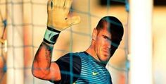 Victor Valdes declined the offer of Liverpool